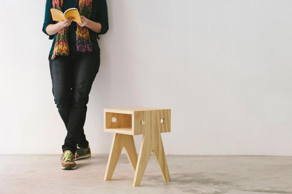 Wood stoolol