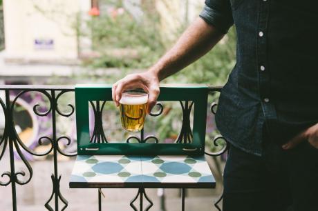mesa de balcón